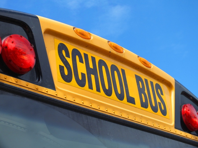 school_bus_12_FreeTiiuPix.com_-1